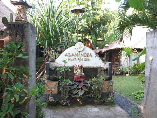 Alam Nusa Huts and Spa : Entrance