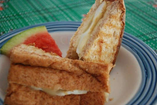 Amor y Cafe: So good breakfast with chesse,aggs sandwich