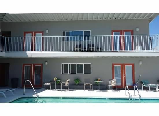 Desert Hot Springs Inn : Hotel