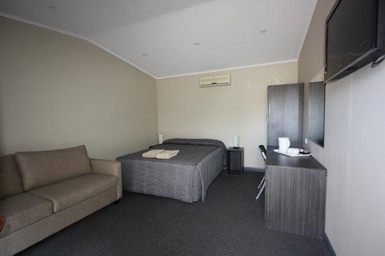 Cobar Copper City Motel: Standard room