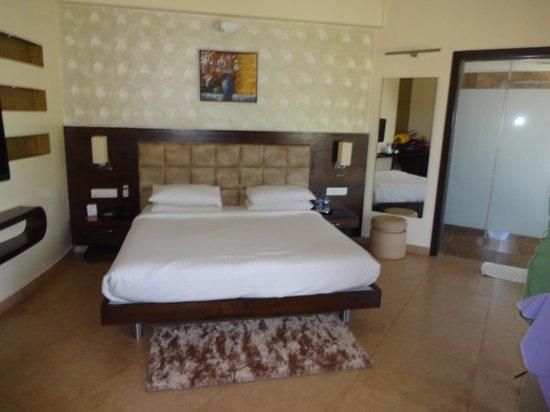 Aakar Lords Inn : Comfortable bed