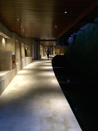 Four Seasons Resort Bali at Sayan : corridor