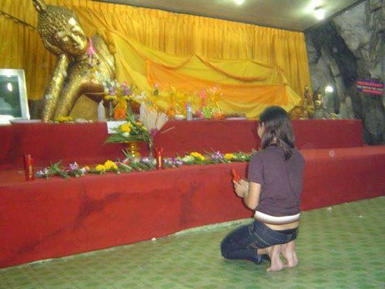 Khao Pun Cave : Buddha