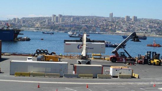 Ibis Valparaiso : Vista desde la cochera