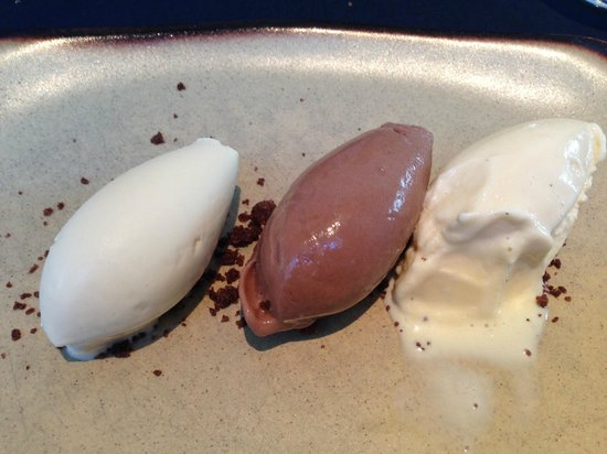 Hotel Ohla Barcelona: dessert as part of the lunch menu
