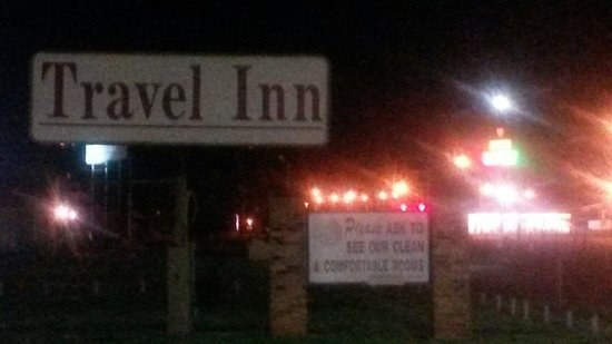 Travel Inn Elk City: The sign out front