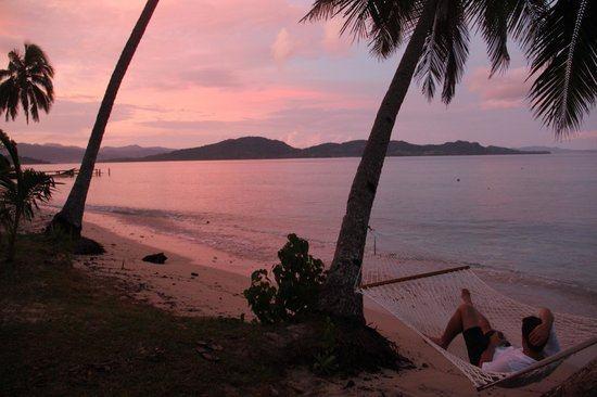 The Remote Resort - Fiji Islands: Sunset on the beach