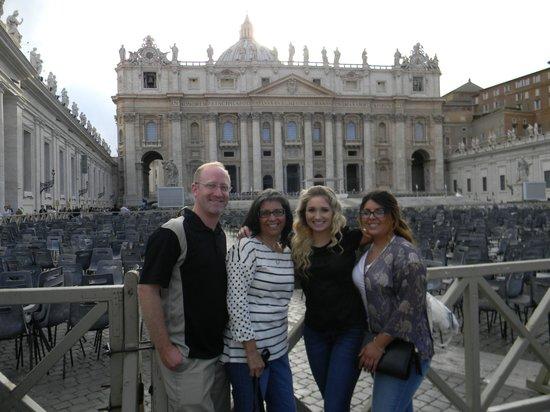 Kaletour Tourism/ Day Tours: At the Vatican