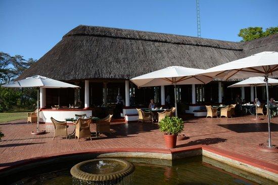 The Victoria Falls Hotel: Breakfast dining