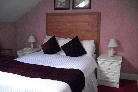 Argyll Hotel: çatı katı odası (dördüncü katta, pencere tavanda)