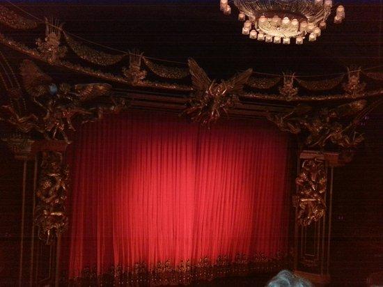 Majestic Theatre: Phantom, at intermission
