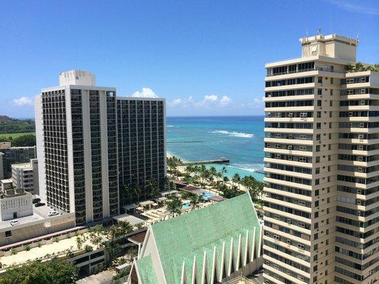 Alohilani Resort Waikiki Beach : ラナイからの風景