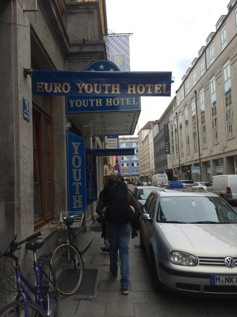 Euro Youth Hotel: Sign for the hostel