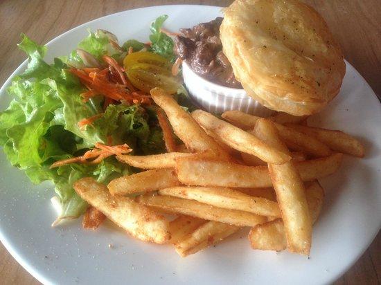 Evergreen Pavilion Restaurant : Naughty Lunch