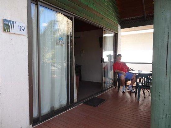 Desert Palms Alice Springs: VERANDAH AREA