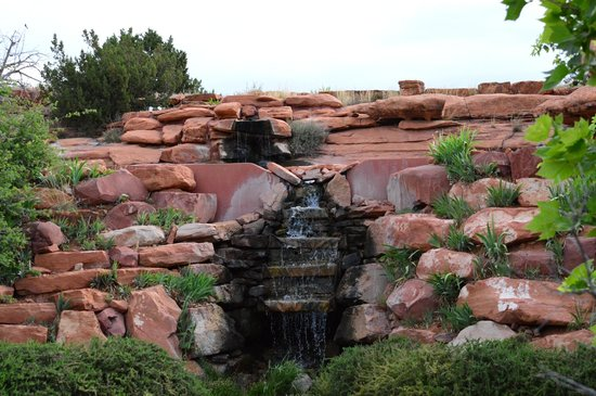 Sedona Mago Retreat: Senya's fountain