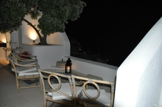 The Tsitouras Collection Hotel: outside our room, view on the aegean sea