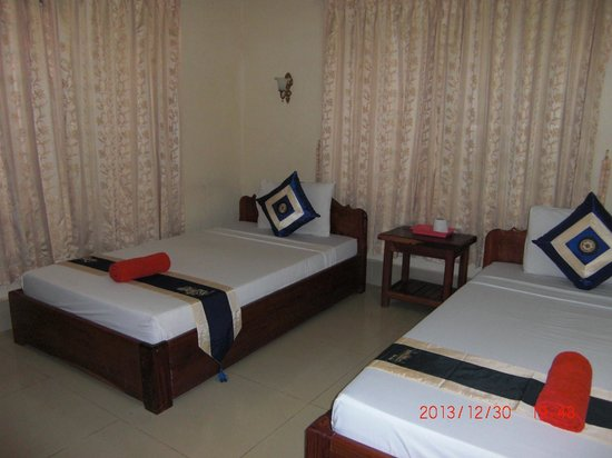 Tropical Breeze Guest House: my room