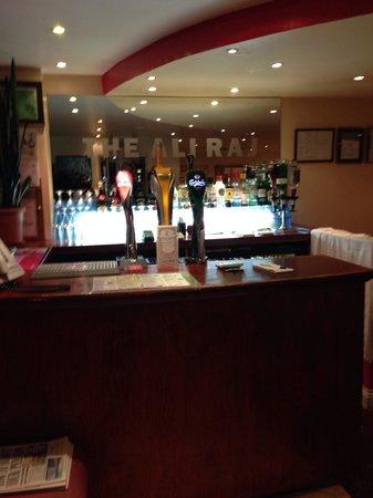 Westbrook, UK: The bar