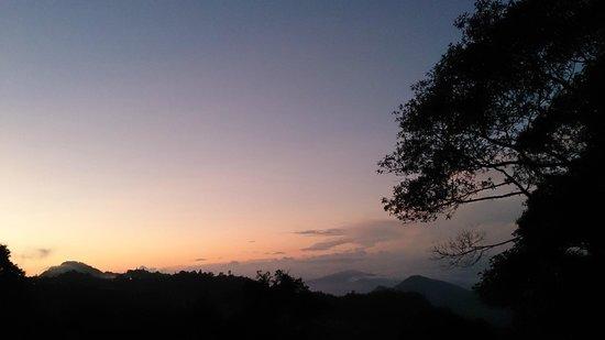 J Residence: Sunrise