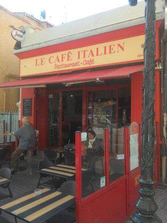 Le Cafe Italien : Nouvelle façade