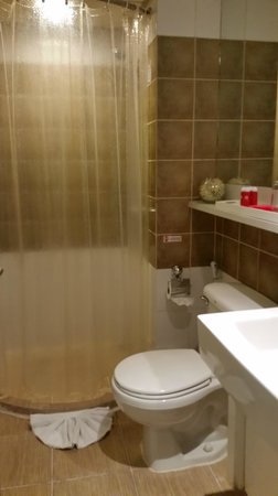 I-Residence Hotel Silom : bathroom