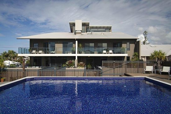Byron Bay Penthouse Apartments: From the pool