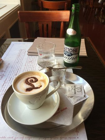 Cafe Louvre : Coffee and mineral water