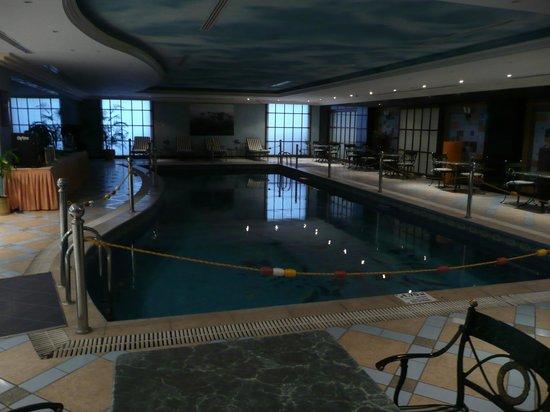 Radisson Blu Royal Suite Hotel, Jeddah : pool