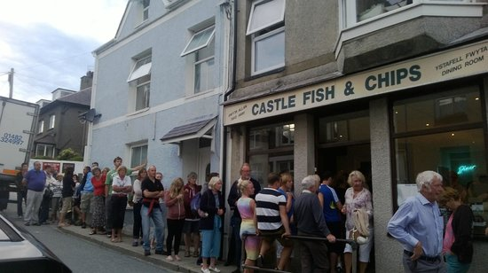 Castle Fish & Chips: Castle fish and chips