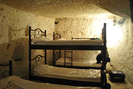 ShoeString Cave House: Dorms