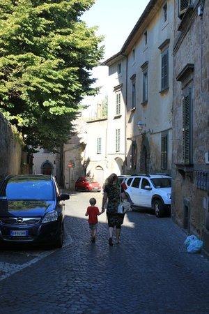 Hotel Virgilio: beautiful street