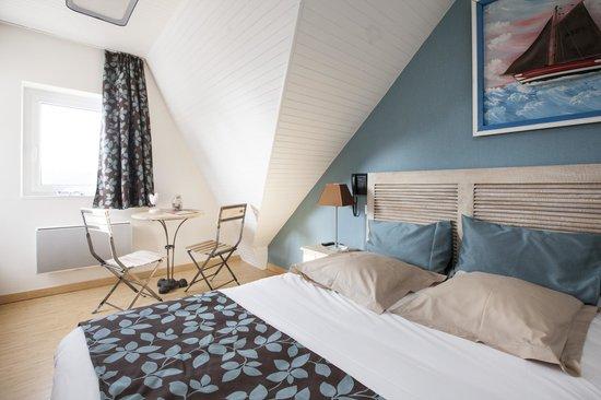 Hotel Beausejour : chambre coté mer et ports