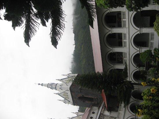 Church of the Virgin of the Holy Water (Nuestra Señora del Agua Santa): Cloister garden