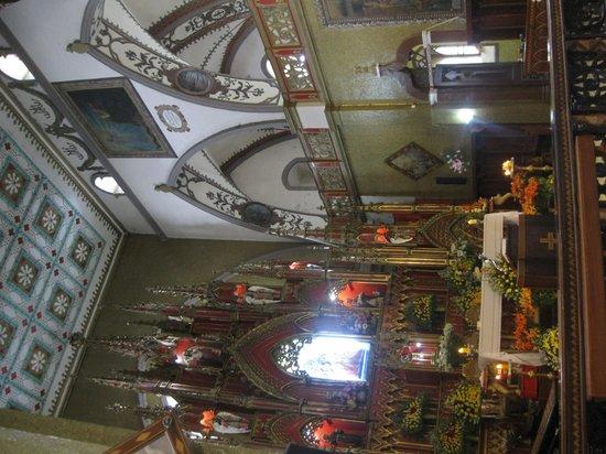 Church of the Virgin of the Holy Water (Nuestra Señora del Agua Santa) : Main altar