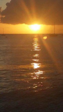 Honu Seafood and Pizza: wonderful sunset