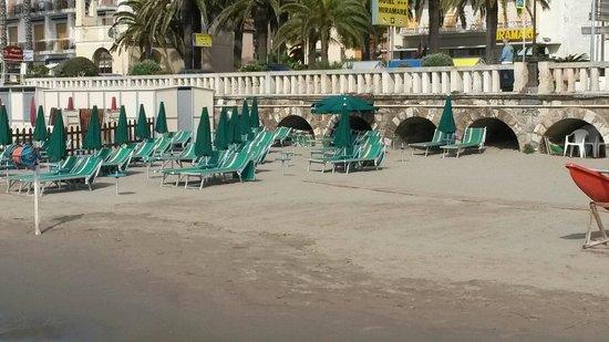Diano Marina, Italy: I Bagni dell'angelo sono pronti per la stagione estiva!!