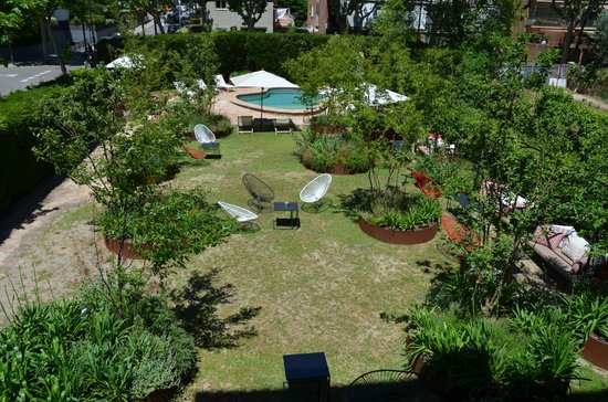 Hotel Primero Primera: Garden