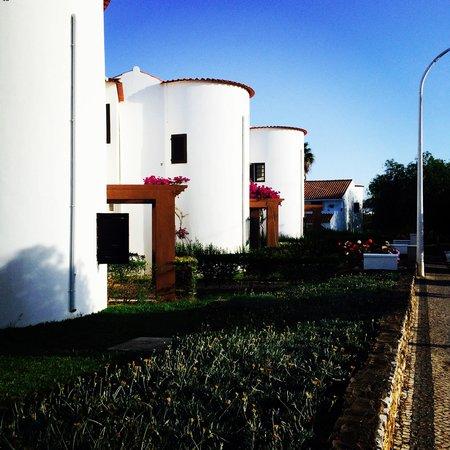 Vale de Carros: Out side the apartments