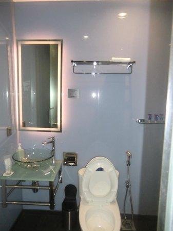 Le Apple Boutique Hotel: Bathroom details