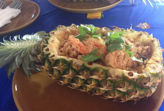 The Kitchen Restaurant Kata Beach & Thai Cooking Class: Pineapple rice