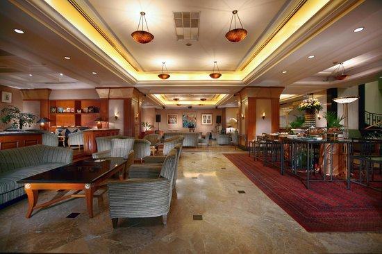 Hotel Menara Peninsula : Rumpi Lounge