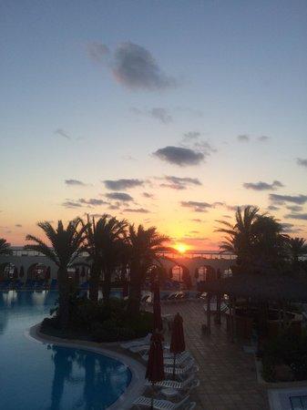 SENTIDO Djerba Beach : Levé du soleil à 5h du matin...
