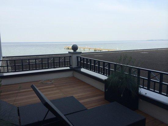 Bayside: Der Balkon - nur die Sonne fehlte noch