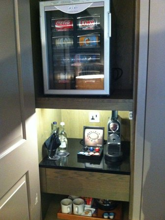 The Bloomsbury: Locked minibar with no extra space, espresso maker, tea facilities