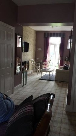 Bowness Bay Suites: The lovely Langdale Suite
