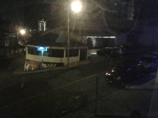 Hotel El Galpon: Vista a la calle.