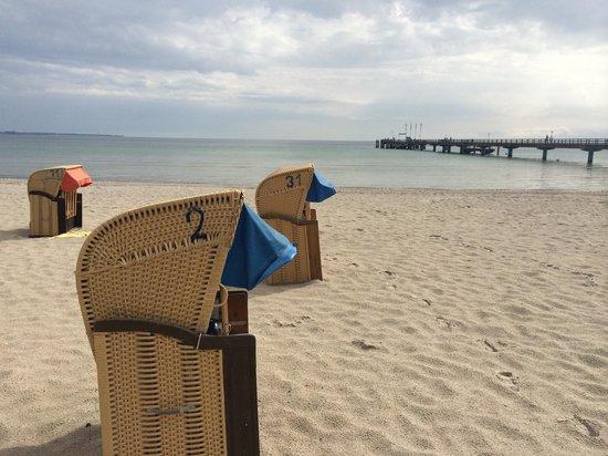 Strand vor dem Hotel Bayside