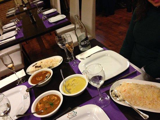 Madras Masala Indian Restaurant: Menú típico. Arroces y curry