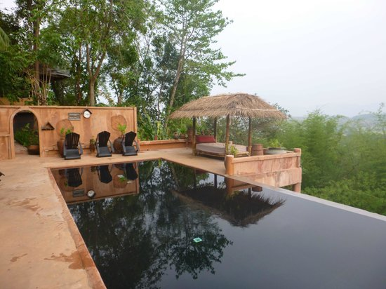 Phu Chaisai Mountain Resort: Pool 2
